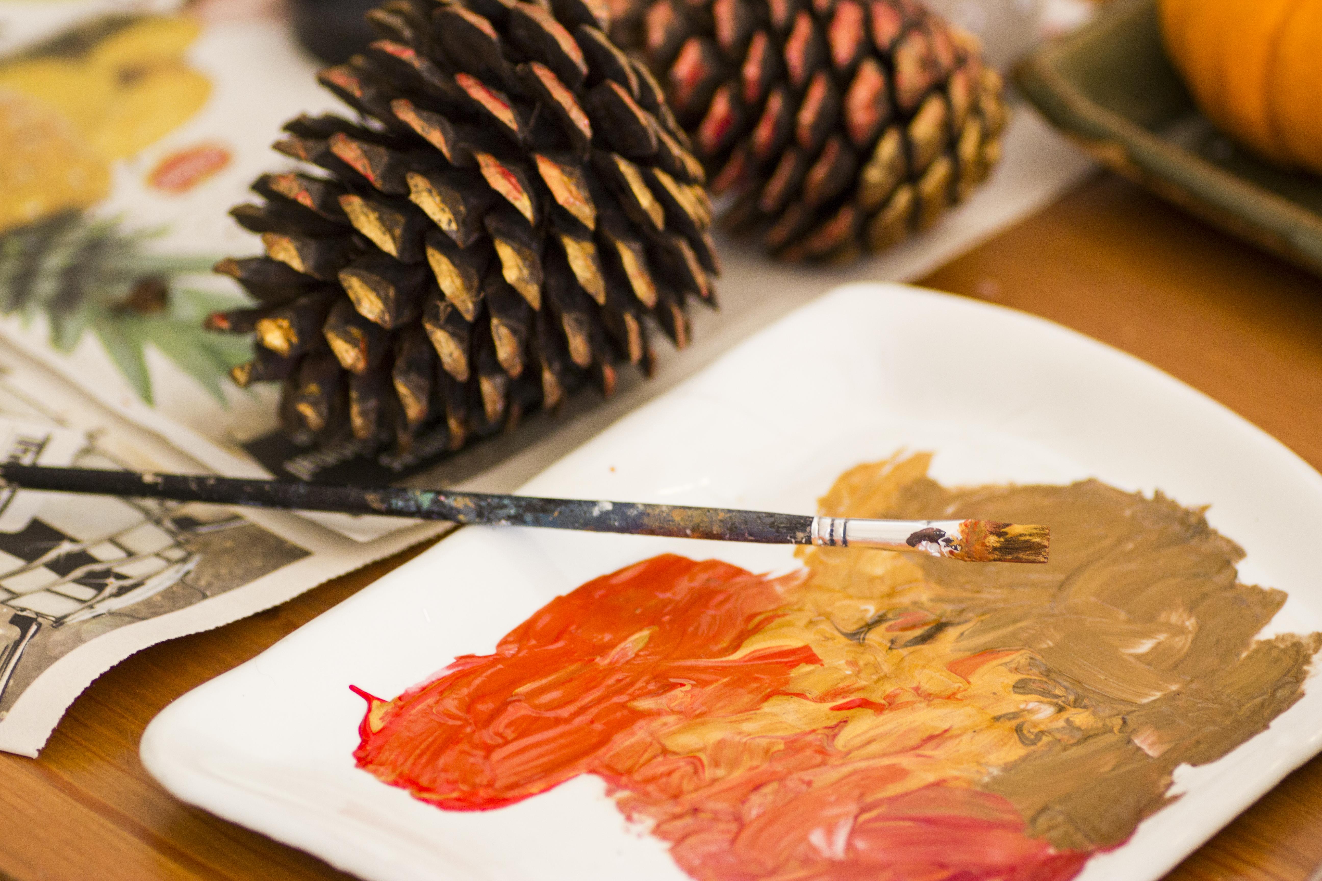 Simple Pinecone Decorations | Handful of Sunshine