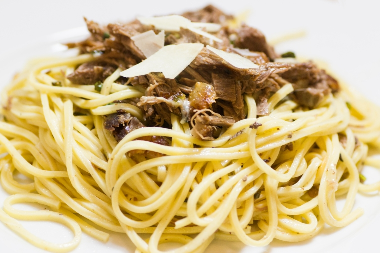 Roasted duck and green onion pasta recipe