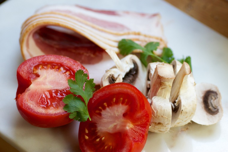 bacon, tomato and mushroom for breakfast on Handful of Sunshine